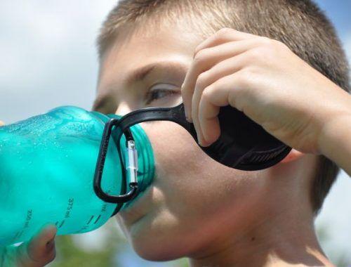 Cara mengatasi dehidrasi selama bulan puasa