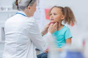 penyebab gondongan pada anak dan bagaimana cara mengatasinya