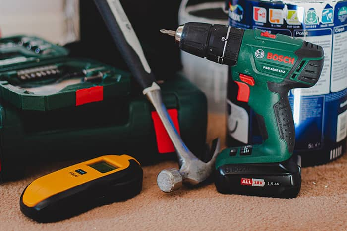 alat tukang bangunan untuk keperluan rumah tangga